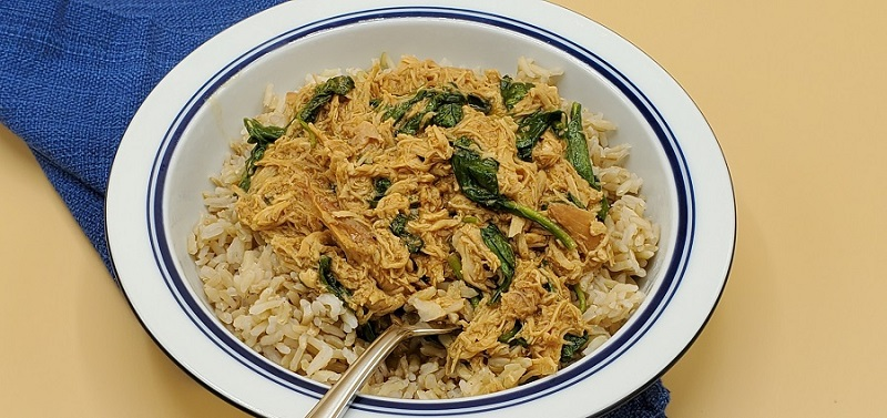 The crock pot peanut chicken and spinach bowl recipe can help make a healthy crock pot meal for dinner and the whole family. Peanut Chicken Crock Pot | Thai Peanut Chicken | Amazing Crock Pot Recipes | Healthy Crockpot Recipes | Slow Cooker Recipes for Two | Slow Cooker Recipes with Chicken
