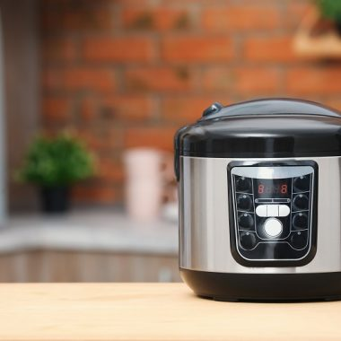 The best Instant Pot cooking tips will help you make the best Instant Pot recipes and get the most out of your Instant Pot meals. How to Use Instant Pot | Instant Pot Recipes | Instant Pot Cooking Times | Instant Pot for Beginners | Instant Pot Accessories