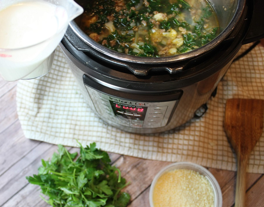 The instant pot adds so much flavor to soups through its cooking process! This instant pot sausage and kale soup recipe is easy to make and perfect for meal planning. Instant Pot Soup Keto | Instant Pot Soup Setting | Easiest Instant Pot Soup | Keto Instant Pot Sausage Kale Soup | Instant Pot Kale | Instant Pot Soup Recipes with Italian Sausage