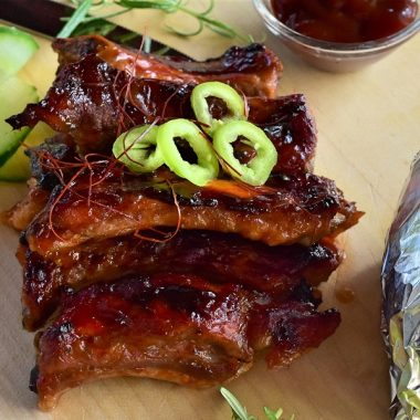 These slow cooker BBQ ribs are so delicious and tender. With how easy they are to make, you can fix it and forget it and have dinner waiting for you. Slow Cooker Beef Ribs | Slow Cooker Boneless Pork Ribs | Slow Cooker Ribs Beer | Healthy Slow Cooker Country Style Ribs | Sweet Baby Rays Crockpot Boneless Ribs