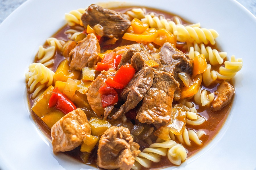 It is easier than you may think to make Instant Pot goulash recipes for family dinners or even as date night dinners that will surely impress. Goulash with Corn | Hungarian Goulash Recipe | Simple Goulash Recipe | Instant Pot Pasta Dinner | Goulash Casserole Instant Pot