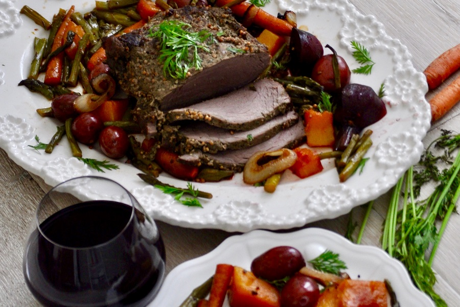 Slow cooker beef roast with potatoes and carrots is a recipe that has been around for centuries and is still a well-loved and easy family dinner. Moist Slow Cooker Roast Beef   Slow Cooker Roast Beef and Gravy   Potatoes in Slow Cooker How Long   Slow Cooker Beef Roast with Potatoes and Carrots on High   Best Beef for Slow Cooker   Crockpot Roast, Potatoes, and Carrots Recipe