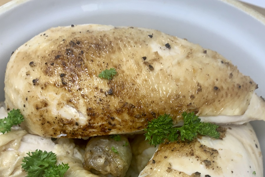Knowing how to make a whole chicken in the Instant Pot is so helpful for meal planning. This easy recipe will help you make a delicious dinner in a hurry! Instant Pot Whole Chicken Recipe | Instant Pot Rotisserie Chicken | Cooking a Whole Chicken in an Instant Pot | Fresh Chicken Instant Pot | Instant Pot Roasted Chicken Recipe | Whole Roast Chicken Instant Pot