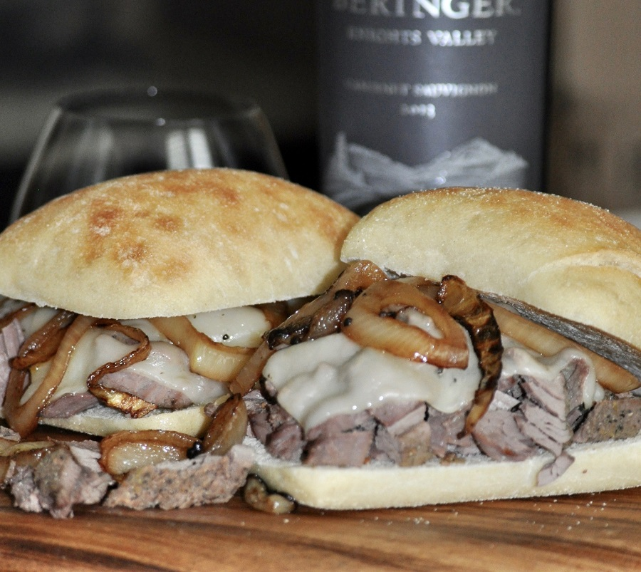 Slow cooker shredded beef sandwiches are easy to make for lunch or dinner and are a simple crockpot meal planning recipe the whole family can enjoy. Quick Italian Beef Sandwich Recipe | What to Serve with Italian Beef Sandwiches | Crockpot Sandwich Recipe | Shredded Beef Sandwich Recipes | How to Make Shredded Beef in a Crockpot
