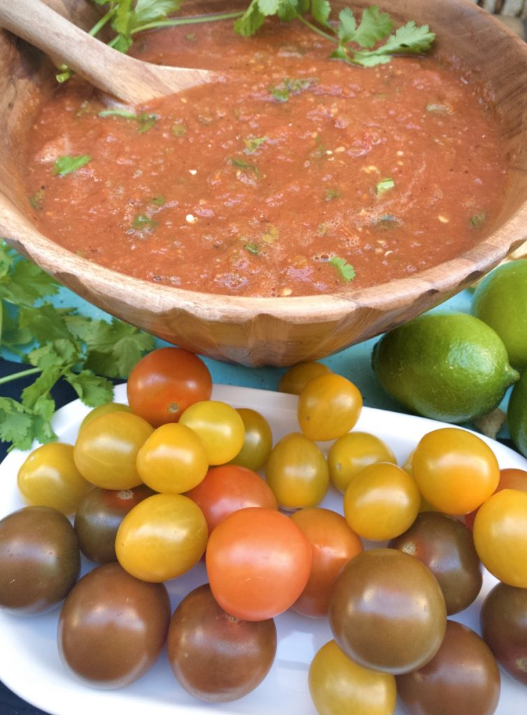 Homemade Slow Cooker Salsa With Tomatoes