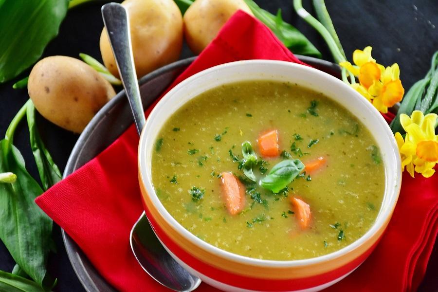Crockpot Chicken and Dumplings Recipes Bowl of Soup