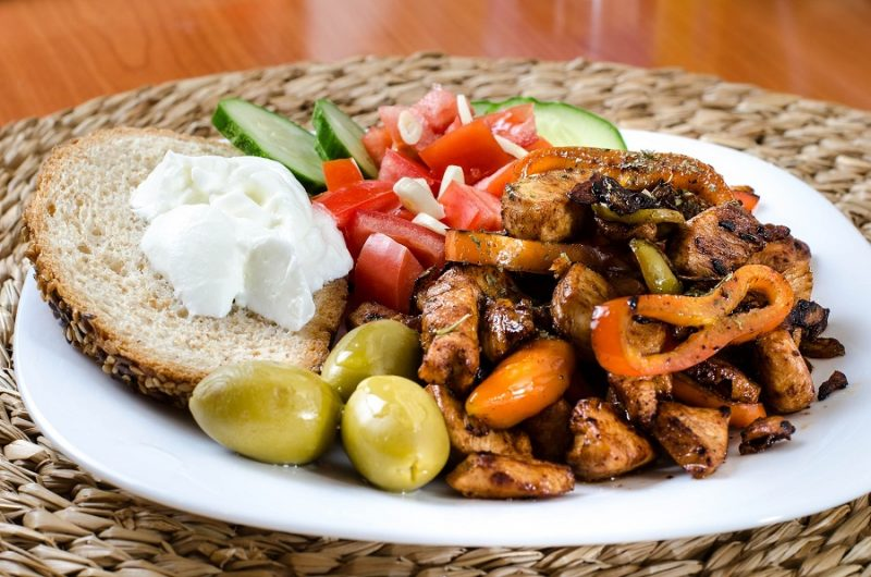 Crockpot Bourbon Chicken Recipes Chicken with Bell Peppers and Bread