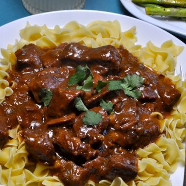Easy Crock Pot Beef Stroganoff Recipes Overhead View of Beef Stroganoff