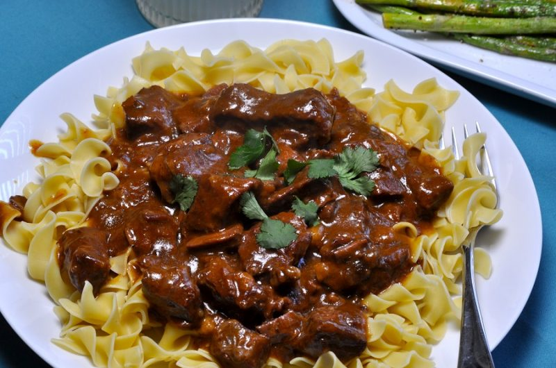 Easy Crock Pot Beef Stroganoff Recipes Overhead View of Beef Stroganoff