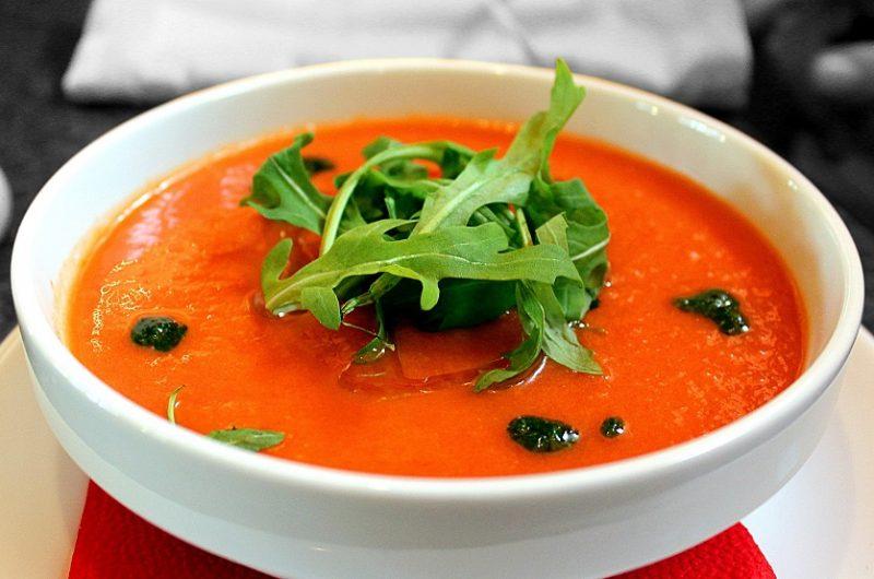 Crockpot Soup Dinner Ideas a Bowl of Red Soup