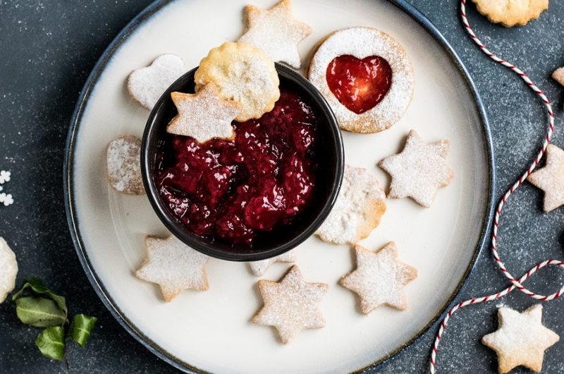 Slow Cooker Fruity Dessert Recipes a Bowl of Compote with Cookies Around it