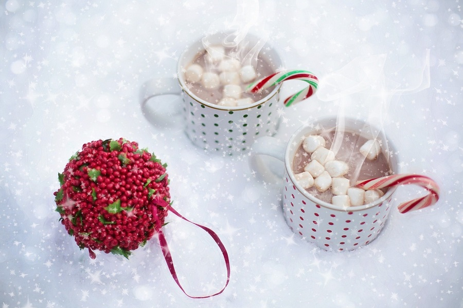 Crockpot Spiked Hot Chocolate Recipes Two Cups of Hot Chocolate in the Snow