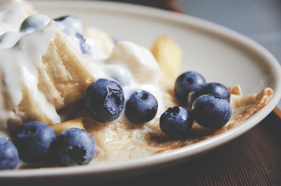 Crockpot Breakfast Ideas a Plate of Breakfast with Blueberries