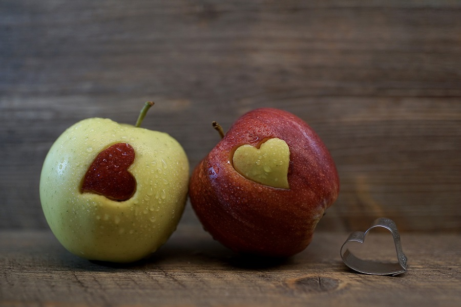 Crockpot Valentine's Day Recipes Apples with Heart-Shaped Cutouts