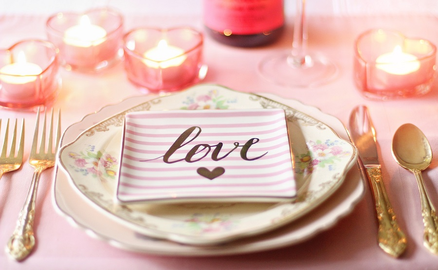 Crockpot Valentine's Day Recipes Pink Table Setting