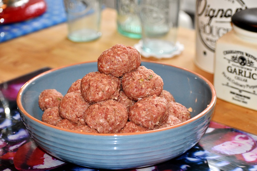 Instant Pot Meatballs and Pasta Recipes Meatballs in a Bowl Waiting to Be Cooked