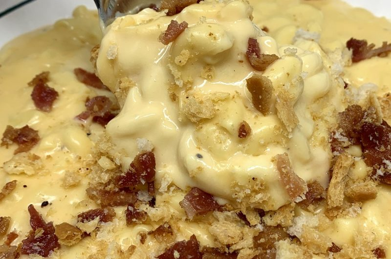 Budget Friendly Slow Cooker Macaroni and Cheese Close Up of Macaroni and Cheese