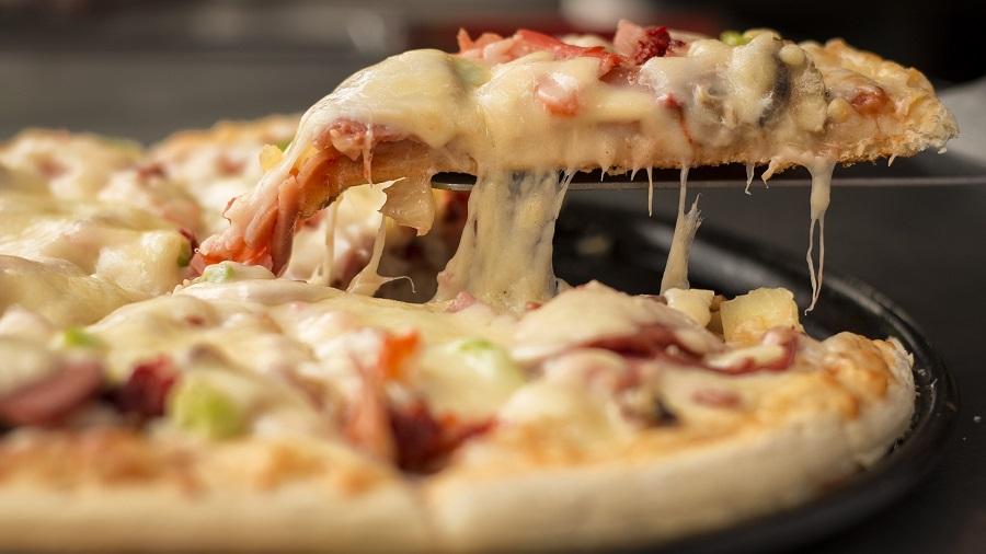 Crockpot Pizza Pasta Recipes Close Up of a Slice Pizza